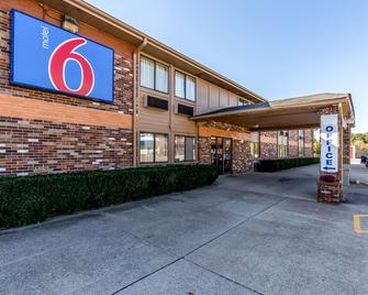 Motel 6 Troy - Troy - Edificio