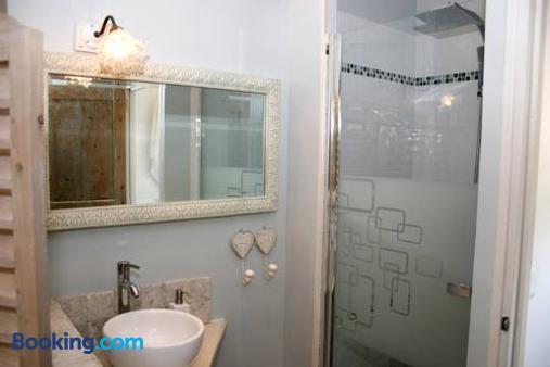 Le Clos du Jas - Marseille - Bathroom