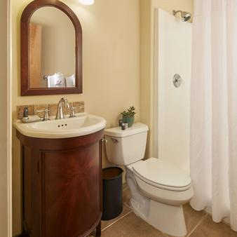 Best Western Wesley Inn & Suites - Gig Harbor - Bad