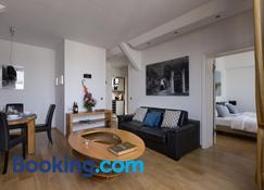 Luxoise Apartments Berlin Friedrichshain - Berlin - Wohnzimmer