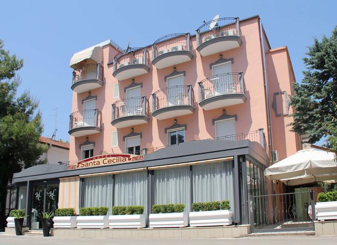 Hotel Santa Cecilia - Riccione - Κτίριο