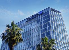 Radisson Blu Hotel, Batumi - Batumi - Building