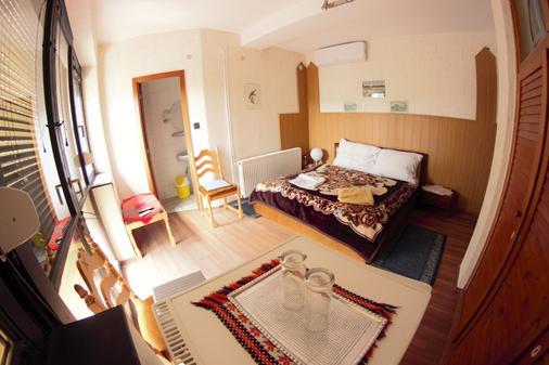 Mullers Inn - Siófok - Makuuhuone