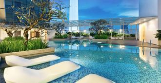 Oasia Suites Kuala Lumpur - Kuala Lumpur - Svømmebasseng