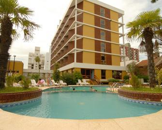 Hotel Chiavari - San Bernardo - Zwembad