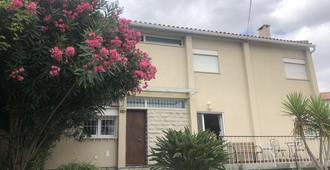 Mahouse Guesthouse - Lisbon - Building