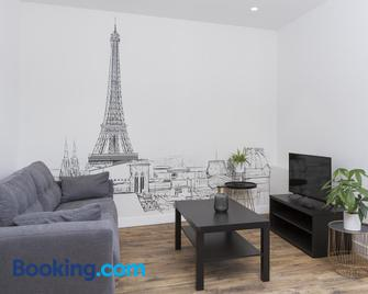 Résidence Solferino - Laval - Living room