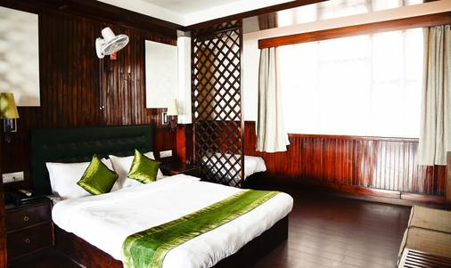 Treebo Trend The Nettle and Fern Hotel - Gangtok - Bedroom
