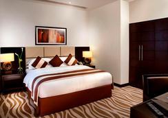 Cristal Hotel Abu Dhabi - Abu Dhabi - Bedroom