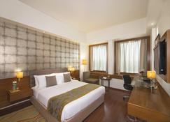 Hotel Maurya - Patna - Phòng ngủ