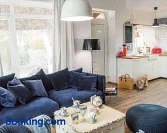 Anita Home - Gyenesdiás - Huiskamer