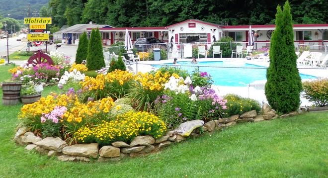 A Holiday Motel - Maggie Valley - Maggie Valley - Pool