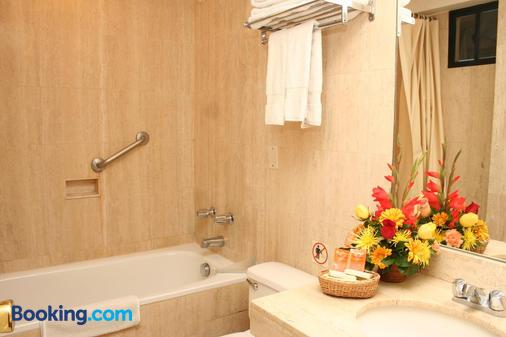 Hotel Agustos Urubamba - Urubamba - Bathroom