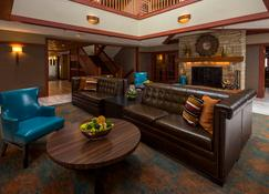 Eagle Ridge Resort and Spa - Galena - Living room