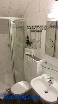 Hotel Landhaus Lahmann - Heessen - Bathroom
