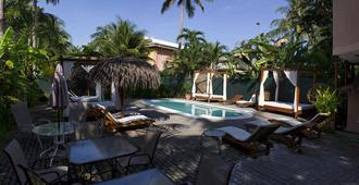 Copacabana Hotel And Suites - Adults Only - Jacó - Pool