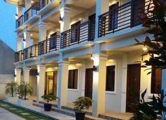 Veranda Residence Inn - Tacloban City - Edificio