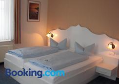 Hotel Strandvilla Janine - Borkum - Bedroom