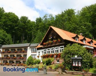 Hotel-Restaurant Jagdhaus Heede - Hannoversch Münden - Building