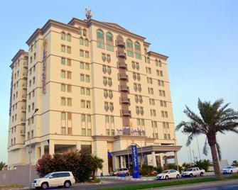Golden Tulip Al Khobar - Al Khobar - Building