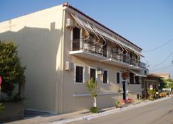 Hotel Castello - Methoni - Building