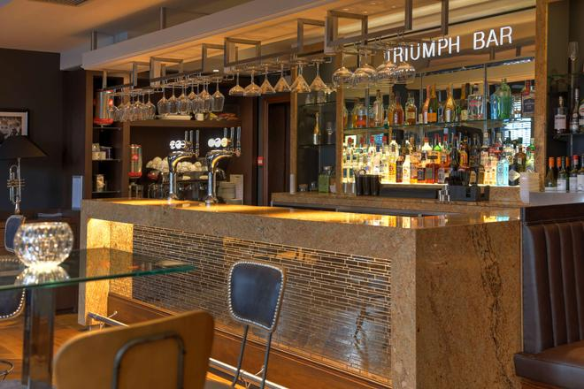 Best Western Plus Birmingham NEC Meriden Manor Hotel - Solihull - Bar