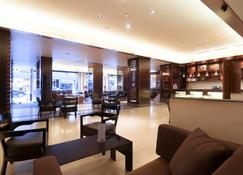 فندق لو كومودور - بيروت - ردهة