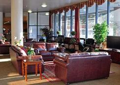 Alex Hotel and Suites - Anchorage - Aula