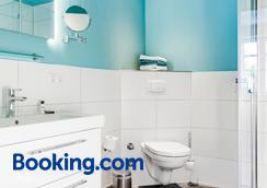Hotel Klein Amsterdam - Friedrichstadt - Bathroom