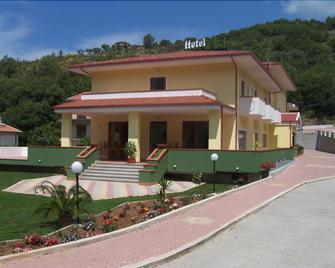 Real Asturias Hotel - Acquappesa - Edificio