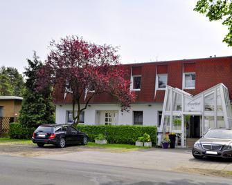 Hotel Annablick - Strausberg - Gebouw