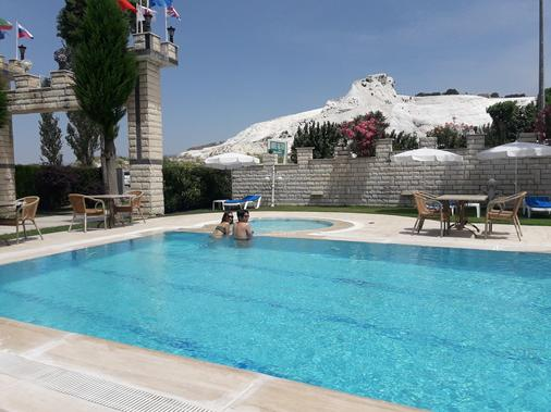 Hal-Tur - Pamukkale - Pool