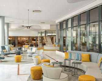 NH Amsterdam Schiphol Airport - Hoofddorp - Lobby