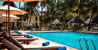 White Sands Resort & Conference Centre - Dar Es Salaam - Bể bơi