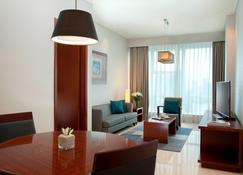 The Mayflower, Jakarta - Marriott Executive Apartments - Yakarta - Sala de estar