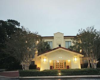 La Quinta Inn Pensacola - Pensacola - Gebäude