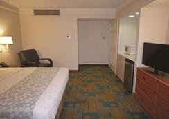 La Quinta Inn Pensacola - Pensacola - Bedroom