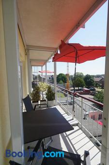 Aparthotel Am Meer - Cuxhaven - Ban công