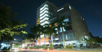 Sen Han Hotel - Phnom Penh