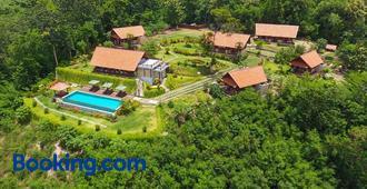 Villa Domanik - Labuan Bajo
