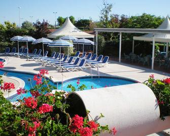 Hotel Airone - Sottomarina - Pool