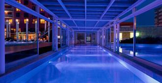 Sheraton Mar del Plata Hotel - מאר דל פלטה - בריכה