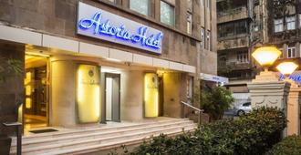 Astoria Hotel - Mumbai - Building