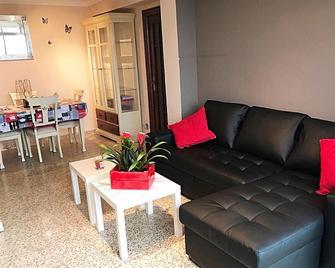 Gifsa Sevilla - Parque Alcosa - Seville - Living room