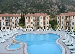 Marcan Beach Hotel - Ölüdeniz - Piscina