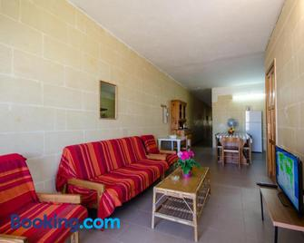 Kaccatur Flats - Marsalforn - Wohnzimmer