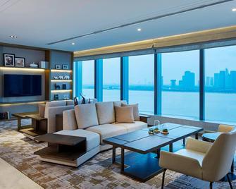 Hangzhou Marriott Hotel Qianjiang - Hangzhou - Wohnzimmer