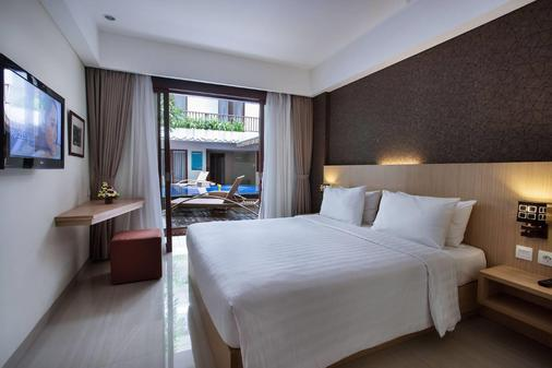 Sense Sunset Seminyak - Kuta - Bedroom
