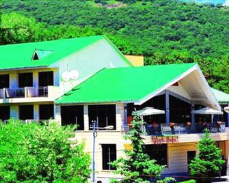 Saya Hotel Tsaghkadzor - Tsaghkadzor - Building