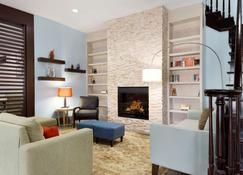 Country Inn & Suites by Radisson, Brunswick I-95 - Brunswick - Living room